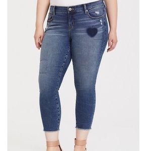Torrid Crop Stretch Skinny Jeans 12R